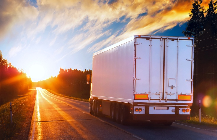 Protect Workers Tarping Flatbed Trailers With The Right Safety Systems